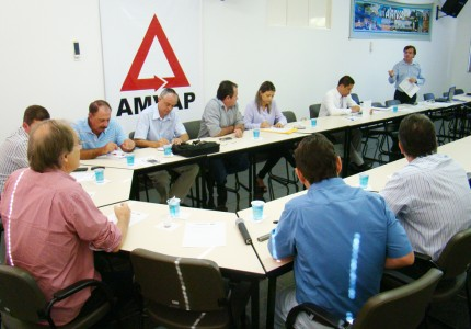 CIDES reúne diretoria para discutir orçamento. Foto: Luiz Otavio Petri