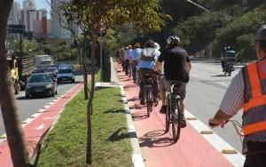 27-04 Bicicleta Eleicoes