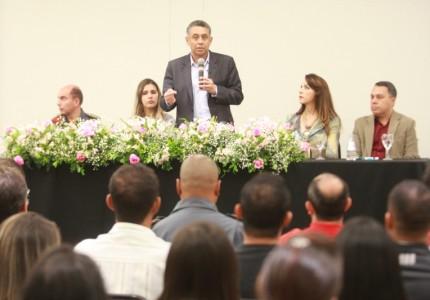 Gilmar Machado - Pres. do CISTRI, discursa em abertura de treinamentos do Samu. Foto: Secom PMU