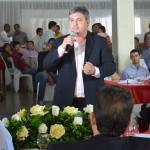 Pres. da Amvap e pefeito de Ipiaçu - Leandro Luis de Oliveira, o Leo da Rádio, em discurso no evento em Ipiaçu-MG. Foto: Luiz Otavio Petri.